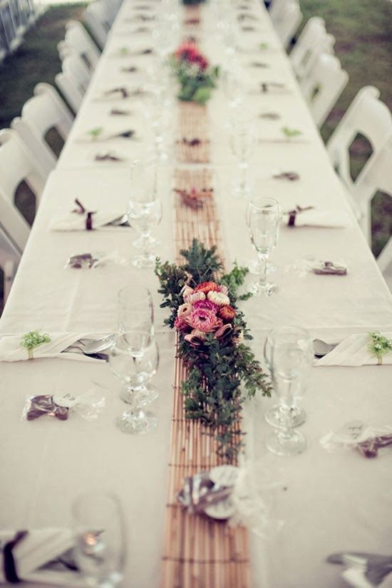 Country Wedding Table Decorations | http://simpleweddingstuff.blogspot.com/2014/01/country-wedding-table-decorations.html