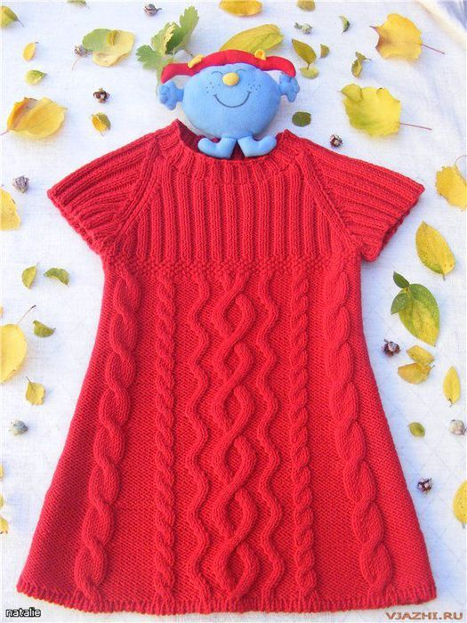 Knitted tunic for girls. Phildar tunic pattern from No. 22 #11. links to possible free translation. ravelry page here: http://www.ravelry.com/patterns/library/pull-tunique-022-t9-093