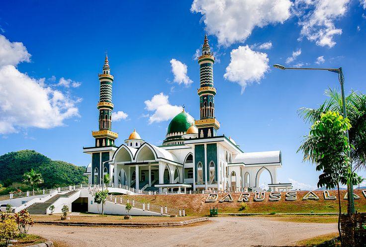 Darussalam Mosque - Sumbawa  Photo Ahmed Syukaery