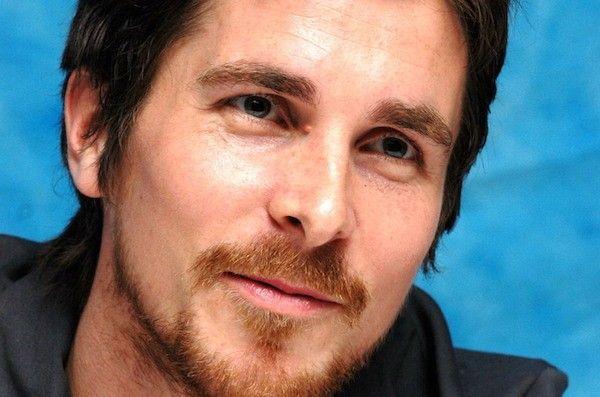 Probablemente has visto a muchos hombres de pelo oscuro con barba pelirroja, pero ¿por qué sucede?