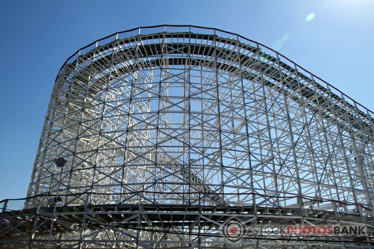 Stockphotosbank: Rollercoaster in a amusement park somewhere in Mexico City