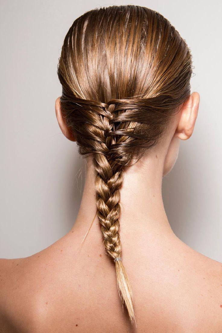 Wet look: 20 coiffures pour cheveux mouillés - #wetlook #cheveuxmouillés #tresse #été2015 #LauraBiagiotti