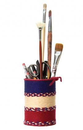 Pencil Can Holder - great way to use up left over yarn