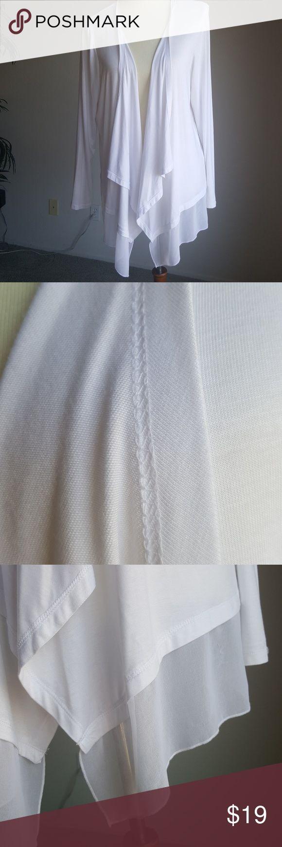 Dana Buchman larhe shrug White shrug for those cool summer evenings or a wonder wrap for a cold restaurant. Dana Buchman Sweaters Shrugs & Ponchos