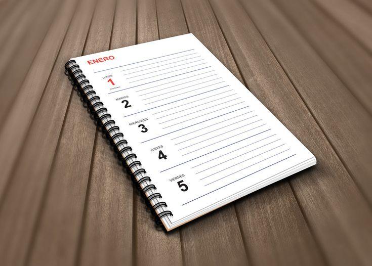 Este año os ofrecemos dos maneras de obtener la #plantilla gratis de #agenda2018 para #imprimir en #InDesign...