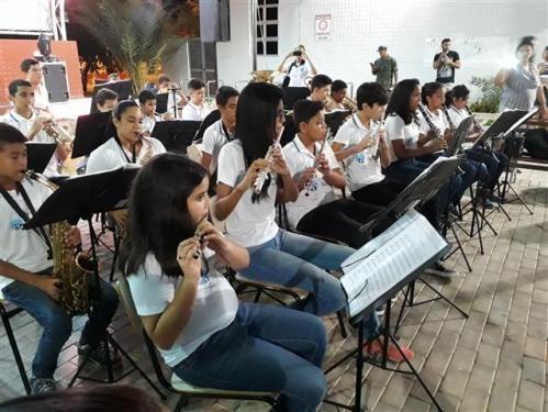 """Banda """"Ondas Musicais"""" realiza apresentação na cidade de Santa Cruz (RN) - https://forcamilitar.com.br/2017/05/27/banda-ondas-musicais-realiza-apresentacao-na-cidade-de-santa-cruz-rn/"""