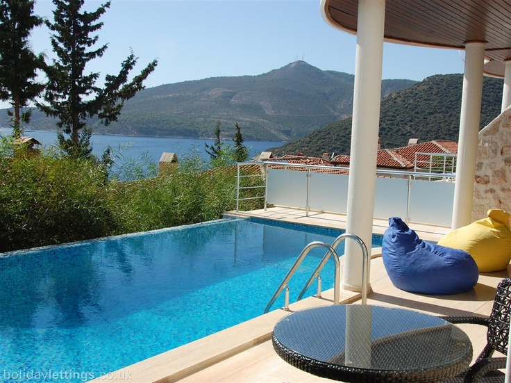 4 bedroom villa in Kalkan to rent from £595 pw, with a private pool. Also with balcony/terrace, log fire, air con, TV and DVD.