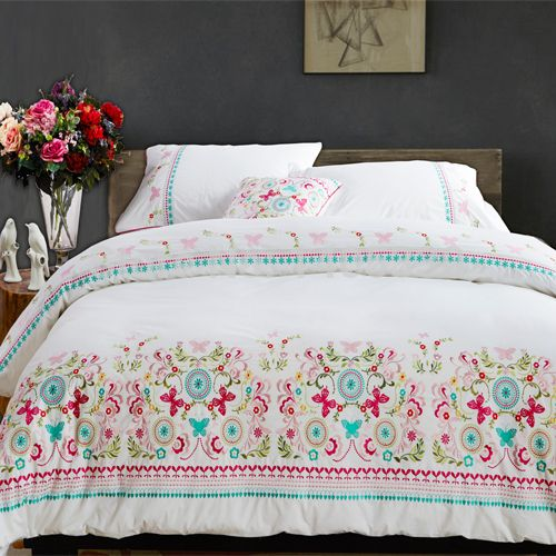 Bordado de la alta calidad 100% algodón tela bordada conjunto edredón colcha de la cama productos de exportación