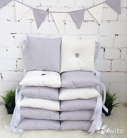 Подушки бортики на кроватку малышу