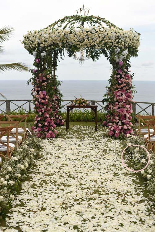 Bali Wedding Ceremony with Indian Ocean Backdrop, Lush Wedding, Magical Bali Wedding, Luxury Bali Wedding, Khayangan Estate, Aisle Project Bali
