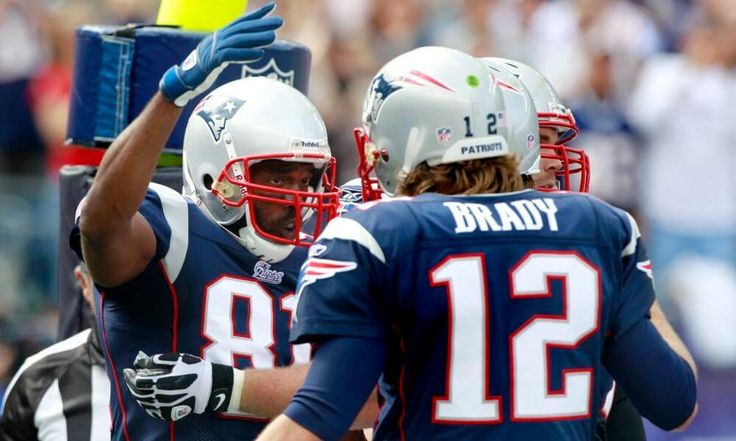 Patriots current offense doesn't measure up to 2007 version = Many consider the 2007 New England Patriots as the best offense that the NFL has ever seen. Heck, if they would have been able to generate just one more win, there would be an extremely strong argument for.....