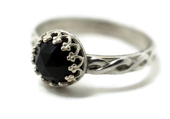 Keltische Onyx Ring Verlobungsring von schwarzen von fifthheaven, $80.00