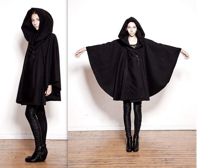 Ovate Black Hooded Wool Cloak