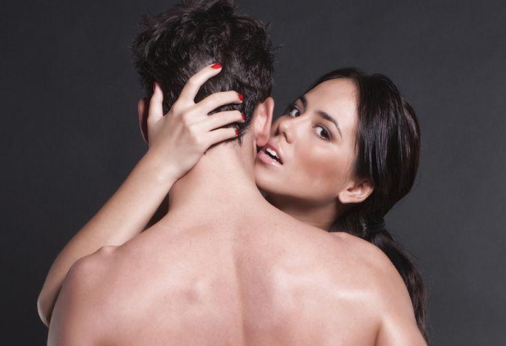 """Запись вебинара """"Женские слабости: как и почему мы можем испортить мужчину""""  Принято думать, что женщина должна быть слабой и в этом ее сила. Но слабость слабости рознь. И в обычном женском поведении есть минусы, которые способны испортить отношения или отношение мужчины к вам. И наоборот, часто пользуясь различными играми в """"женские слабости"""" женщина может заиграться и затем попасть в ловушку собственных манипуляций. Как этого избежать? Только зная свои слабые стороны и умея контролировать…"""