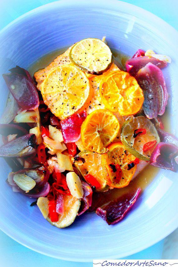 Salmón asado con mandarinas, lima y limón1
