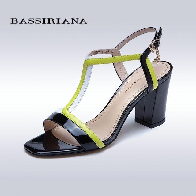 Кожаные сандалии женщин 2017 Летняя обувь Среднего туфли на каблуках Лакированной кожи каблуки 35-40 Лодыжки ремень Бесплатная доставка BASSIRIANA