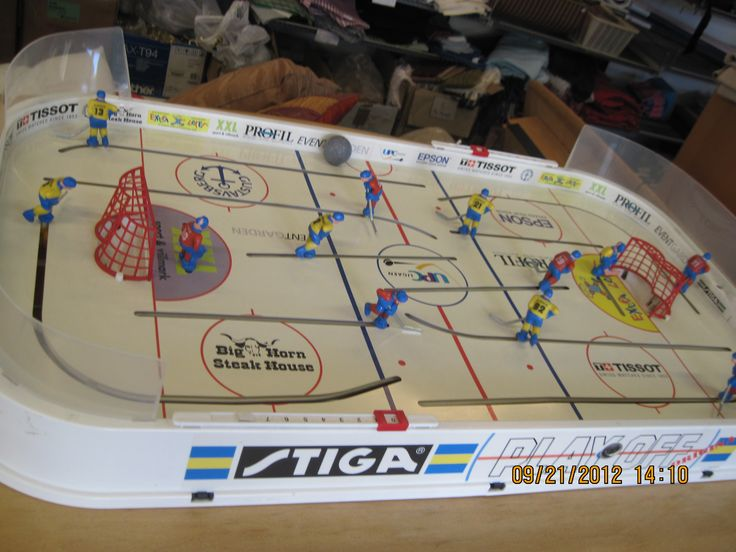 ice hockey game I got N for Xmas. I also got lots of misc antique tiny hockey players and game...not sure I took a photo