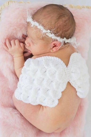 """ANGEL BABY - Asinhas + Mini coroa.  ***Foto gentilmente cedida por: """"Patrícia Machado Fotografia"""", do Rio de Janeiro***"""