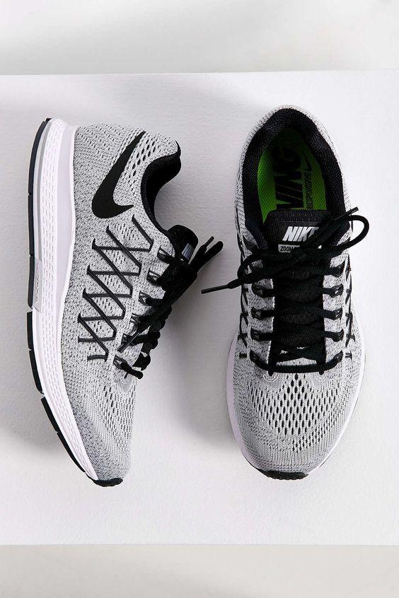 Nike Air Zoom Pegasus 32 Sneaker #bestcrossfitshoe #newbalancecrossfit #benefitsofcrossfit www.95gallery.com/