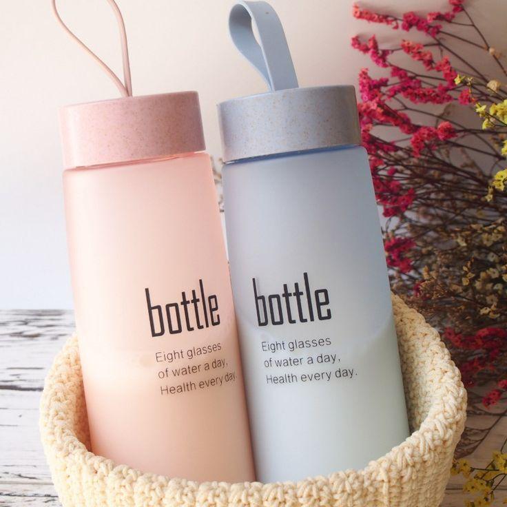 Venta caliente Deportes Botella de Agua Respetuosa del medio ambiente y Libre de BPA De Plástico-Para Correr, gimnasio, Yoga, al aire libre y Camping