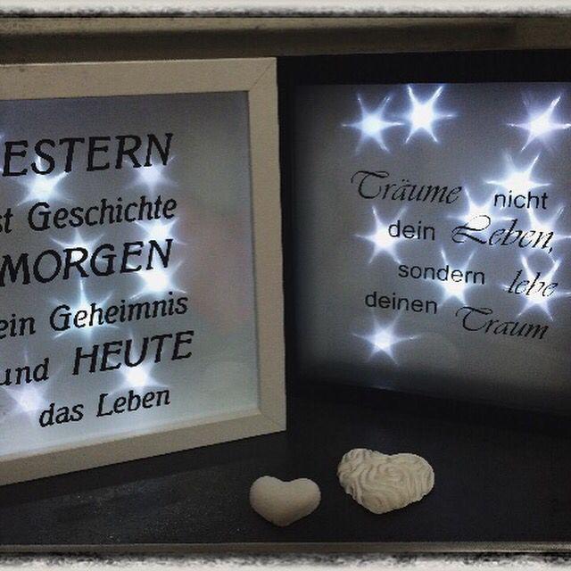 Bild mit Lebensweisheit, Lichterkette und Sternenfolie