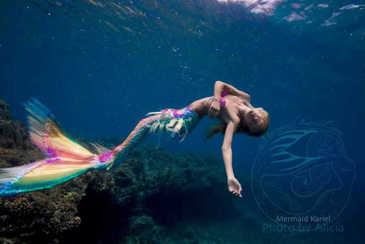 Mermaids.•´¯`•.´¯`•.¸¸.•´¯`•.¸(✿ ♥‿♥) Mermaid Kariel - Hawaiis Favorite Mermaid