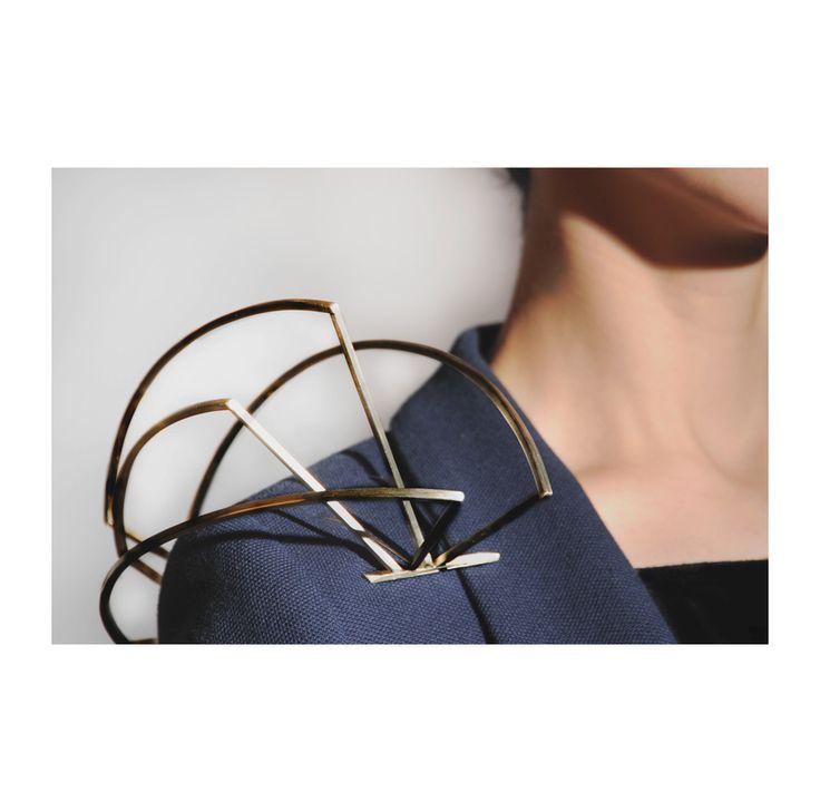 Samantha Nania ; jeweler, woodworker, designer - Precarious Balance -  Port De Bras Brooch nickel, stainless steel