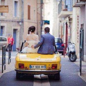 Voiture jaune mariage, wedding car, cabriolet, couple, amour, photographe de mariage, wedding photographer, France