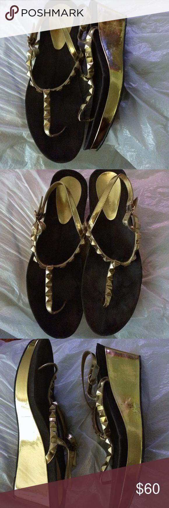 """NWT BCBG gold wedge sandal cushion platform NWT.  3"""" wedge. 1/2""""platform. BCBGMaxAzria Shoes Sandals"""