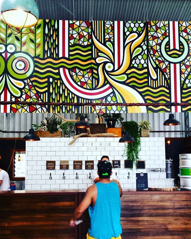 Find out about the coolest places to dine in and be seen in Byron Bay.