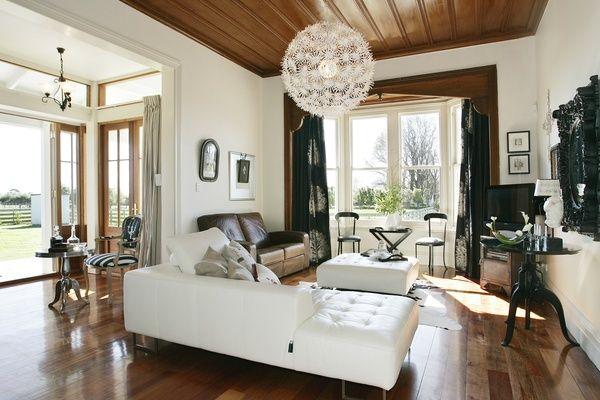 Hawkes Bay, New Zealand villa :: Habitat of the Week : Resene Half Spanish White walls