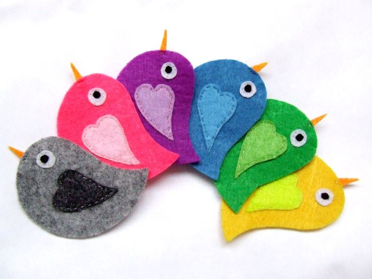 felt appliques,  felt animals, felt birds, fabric appliques. $6.80, via Etsy.