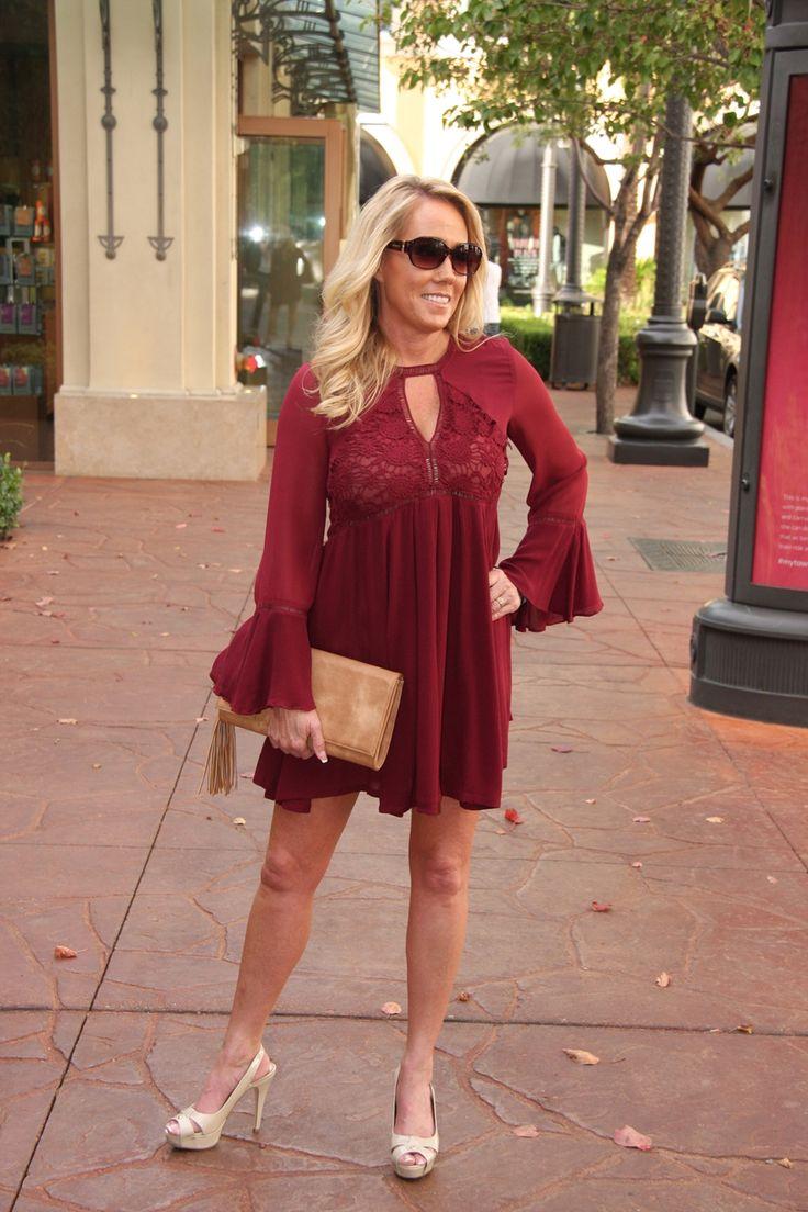 A casual dress for the holiday season. $54 #ShopALB #ApricotLaneTS