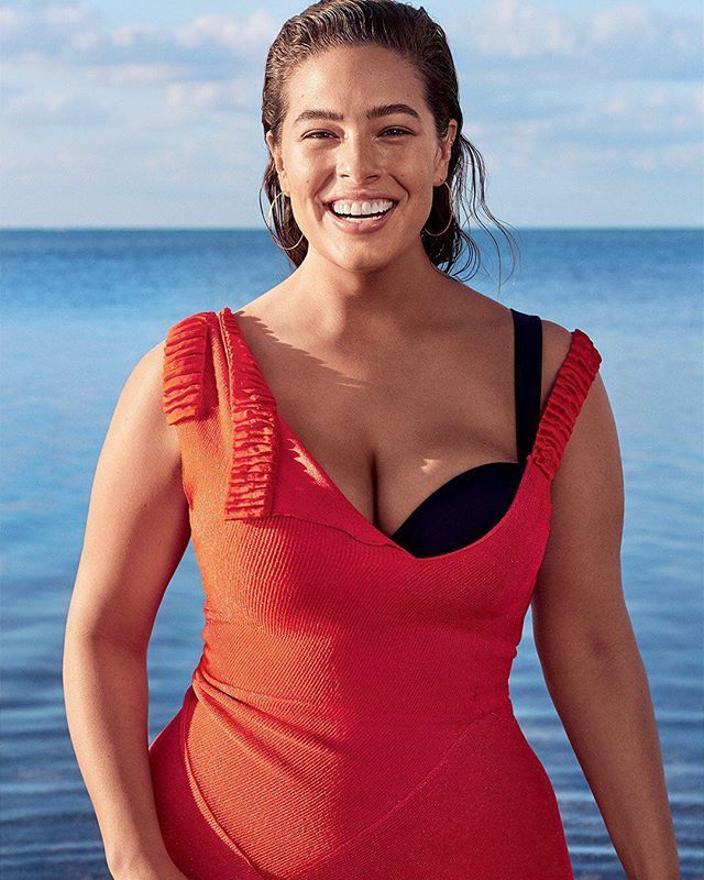 """Some days I feel like I have superpowers but some days I feel like I'm the fattest girl in the world. And I talk about my back fat and my cellulite because it's important to have women in the media addressing the things that society has called flaws."" @theashleygraham talks being a sex symbol her new book and changing women's lives on the cover of our July Issue. Click the #linkinbio to read her full story. ( @nathanielgoldberg; styling: @jilliandavison; hair: @shonju; makeup…"