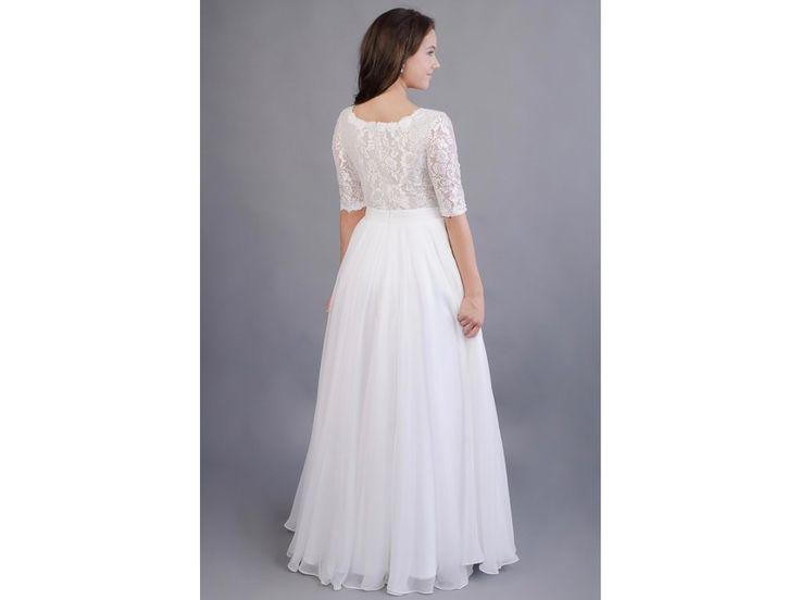 Lehounké svatební šaty s 3/4 rukávy krajkový živůtek s hlubším V výstřihem 3/4 krajkové rukávy jemná, splývavá sukně ze 17 metrů šifonu délka šatů 155cm