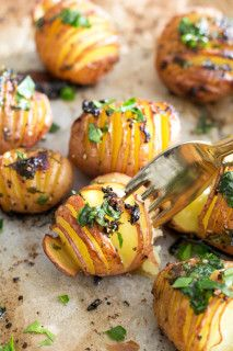 Simple Vegan Lemon Garlic Herb Roasted Potatoes - simple to make, only a handful of ingredients, and ready in under an hour.