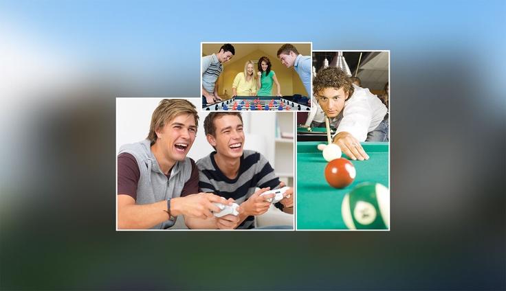 Oyun Odası    Sosyal olanakların ön planda tutulduğu Myvia Bahçe'de özel oyun alanları tasarlandı.    İçindeki çocuğu her daim muhafaza eden büyükler de unutulmadı. Birbirinden cazip ve eğlenceli seçenekler Myvia Bahçe'de onları bekliyor.    • Playstation  • Bilardo  • Langırt v.s.