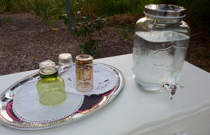 Icy Cold Water for the bridal party at Blue Bayou. www.capeoflove.com