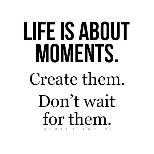 Ik vind dat deze Quote heel goed bij het boek past. Het betekent dat leven over momenten gaat en dat je momenten moet maken en er niet voor moet wachten. Dit is precies wat Tessa doet. Als ze de kans heeft om zulke momenten te maken dan gaat ze er ook voor. Haar leven is al kort genoeg dus heeft ze ook geen tijd om te 'wachten'.