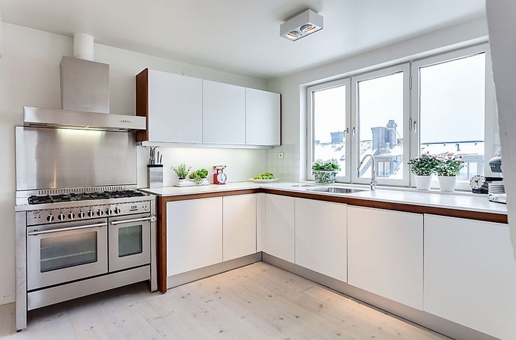 Bright Attic Penthouse For Sale in Stockholm Bright Attic Penthouse For Sale in Stockholm – HomeDSGN, a daily source for inspiration and fresh ideas on interior design and home decoration.