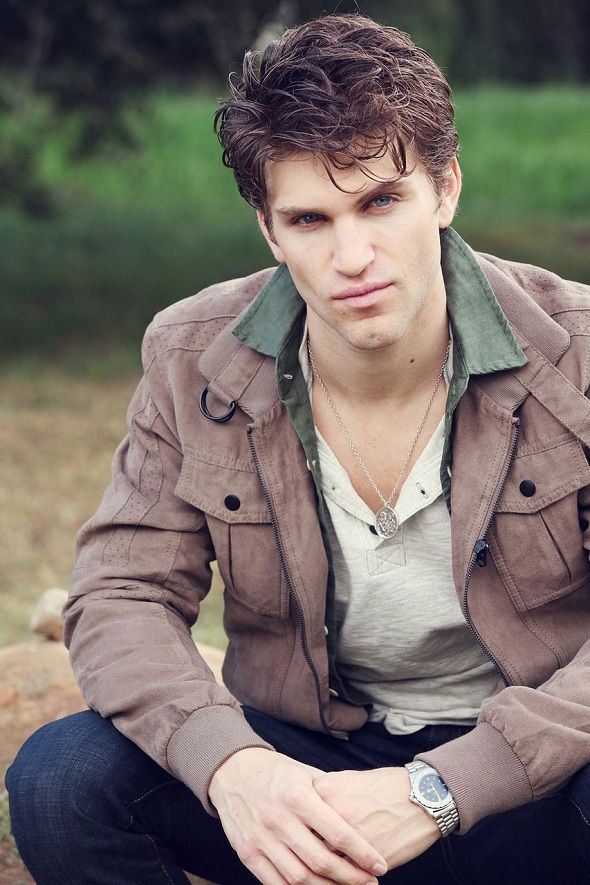 Celebrity Birthday  July 22  Hot Keegan Allen, actor, played as Toby Cavanaugh of ABC Family's Pretty Little Liars.