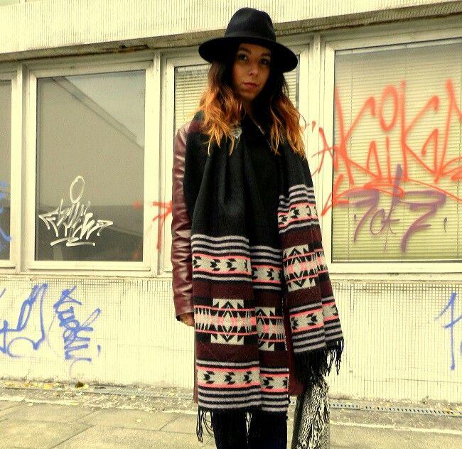 Native Indian scarf  Streetstyle # Hardrockrepublica