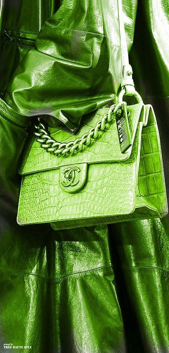 Green hadbag