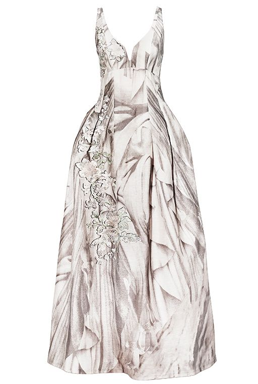 H & M Dresses, will be presented at Les Arts Décoratifs museum in Paris, Buro 24/7