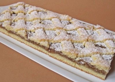 Rácsos diós linzer -  Hungarian Walnut filled Linzer bars.