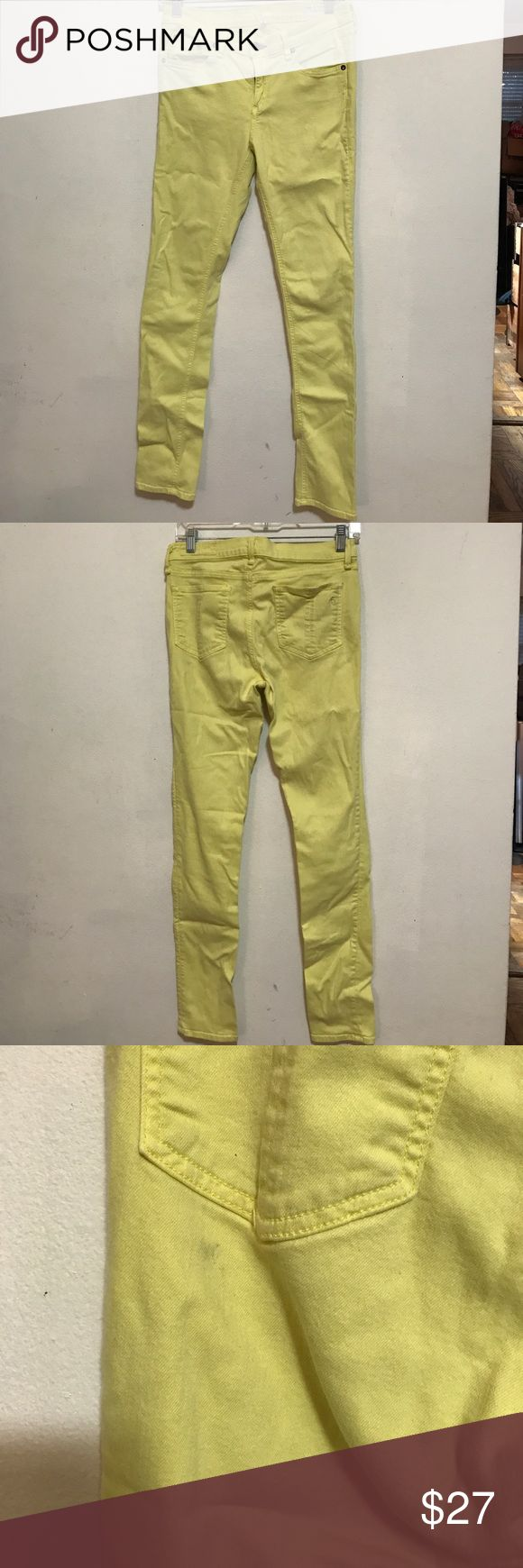 RAG AND BONE YELLOW SKINNY JEANS Rag and Bone yellow skinny jeans. Zip fly with 5 pockets. Size 29. 29 in inseam approx. little less than 9 inch rise. Cotton, tencel, spandex blend. Some wear, but cleanable rag & bone Jeans Skinny