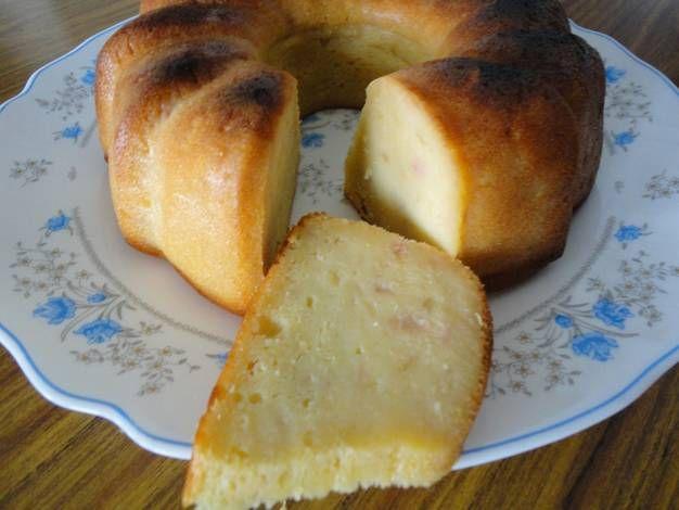 Pastel de peras y yogur