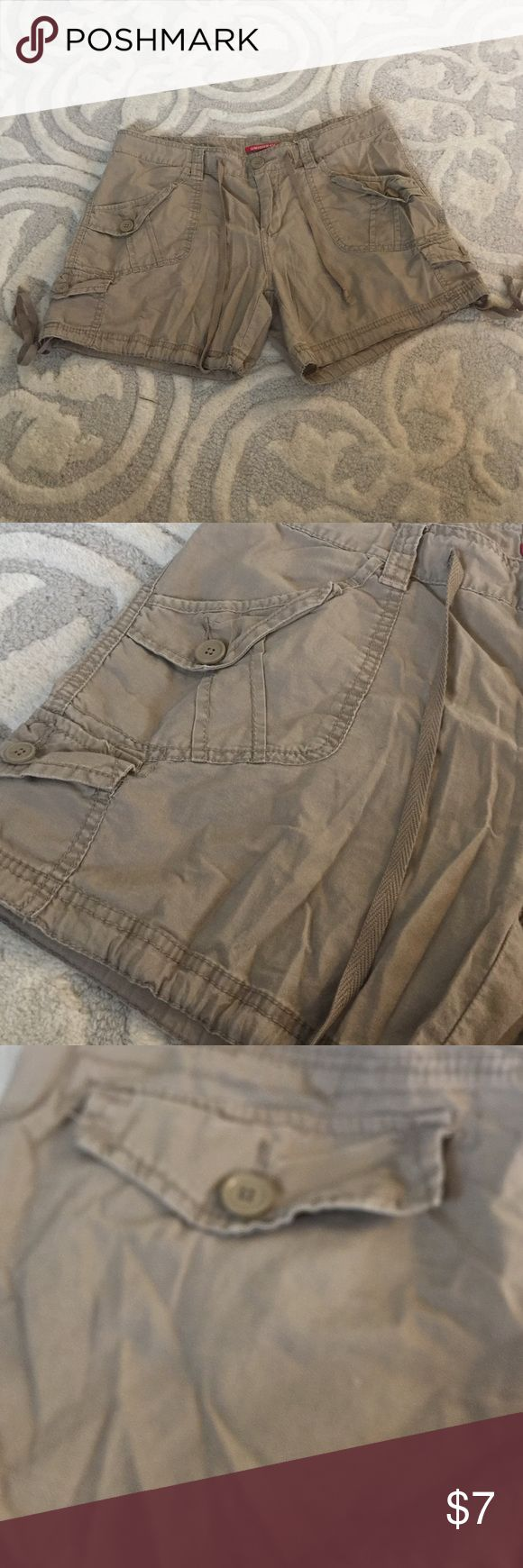 Size 11.  Unionbay.  Shorts Great condition.  Juniors shorts.  Size 11 UNIONBAY Shorts