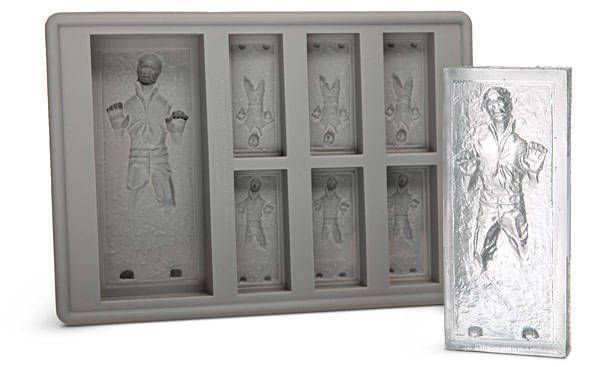 B would go NUTS over this.: Ice Trays, Star Wars, Icecubes, Solo Ice, Carbonite Ice, Stars Wars, Ice Cube Trays, Hans Solo, Ice Cubes Trays