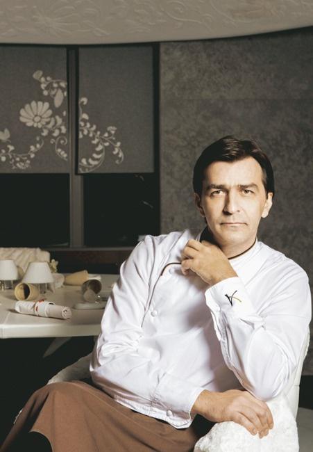 Yannick Alléno au sommet. Visite guidée du 1947, le nouveau restaurant gastronomique du chef virtuose à Courchevel